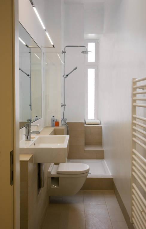 Phòng tắm by Nickel Architekten