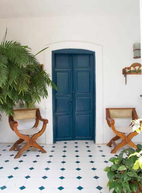 Окна и двери в . Автор – Mikkael Kreis Architects