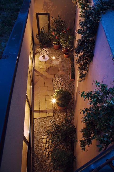 Casa Reiten:  in stile  di GAP Studio