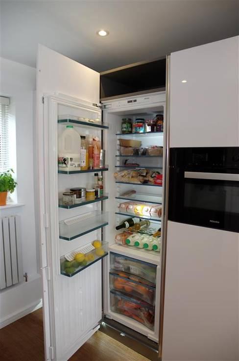 Nhà bếp by PTC Kitchens