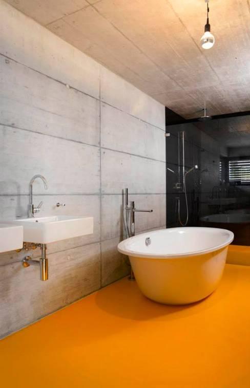Bathroom by Marty Häuser AG