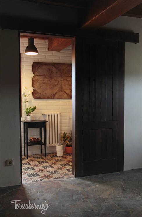 حمام تنفيذ  Diseñadora de Interiores, Decoradora y Home Stager