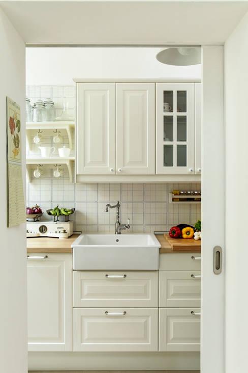Cocinas de estilo  por Tommaso Bettini Architetto