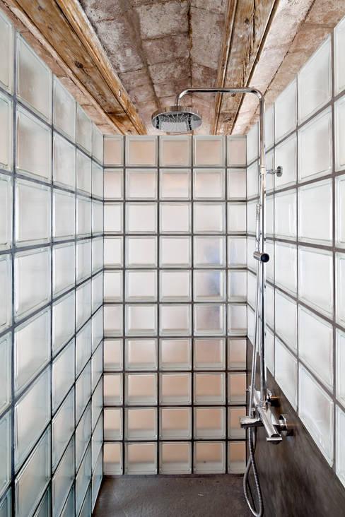 Alex Gasca, architects.が手掛けた浴室
