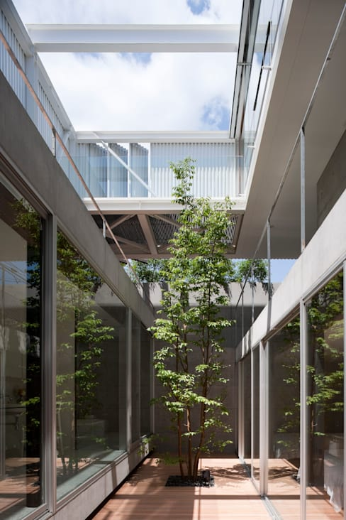 Giardino in stile  di Yaita and Associaes