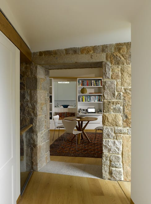 Dining room by Hudson Architects