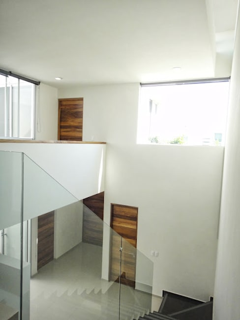 الممر والمدخل تنفيذ Abraham Cota Paredes Arquitecto