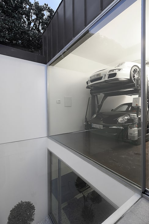 Garage/shed by Barbosa & Guimarães, Lda.