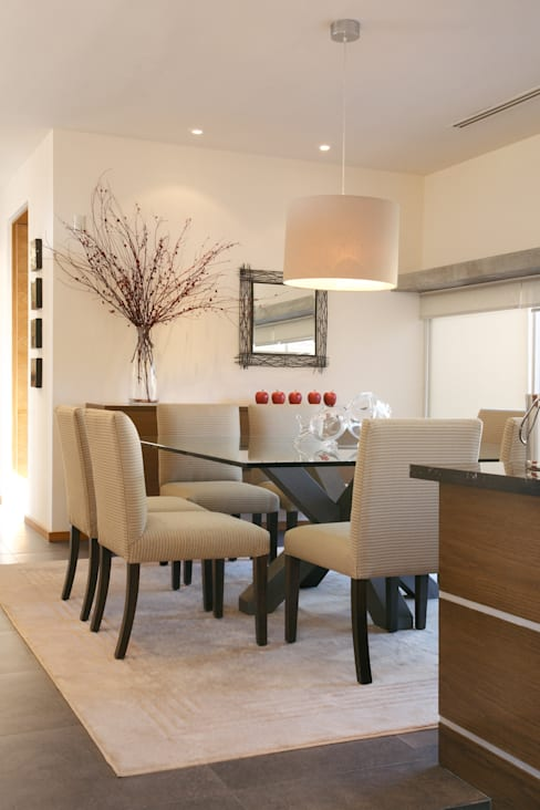 Dining room by Arquiplan