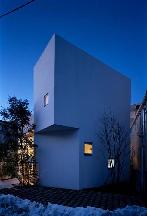 by 浅井アーキテクツ一級建築士事務所