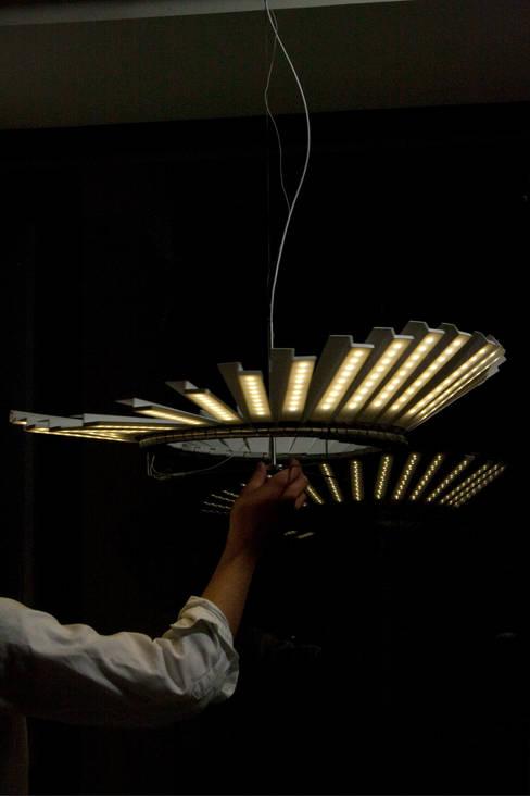 Liberty:  Woonkamer door Danny Kuo Design