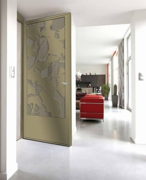 Design contemporain - porte Ginko:  de style  par Fer forgé