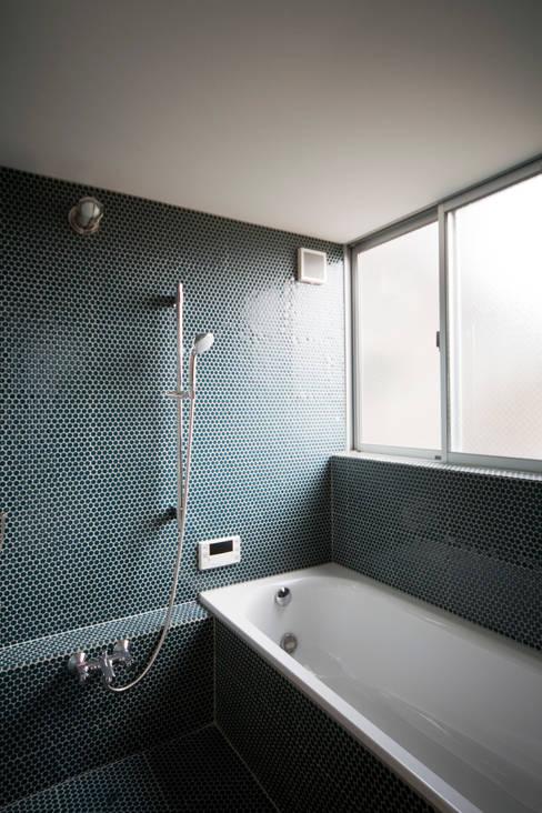 Bathroom by straight design lab