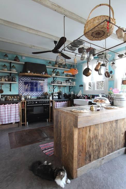 Kitchen by Orkun İndere Interiors