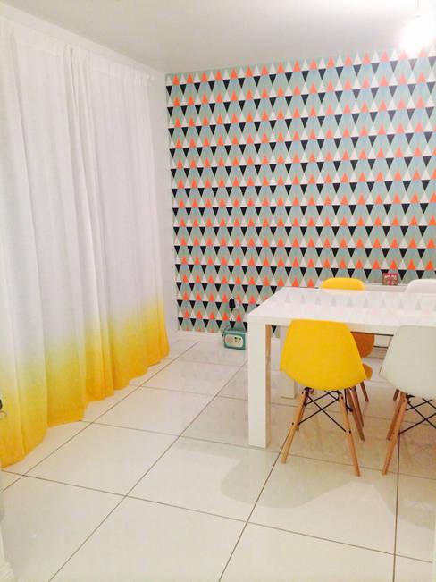 Finestre & Porte in stile  di LOVELY HOME IDEA