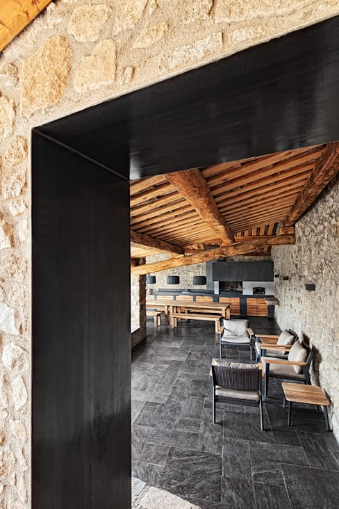 Household by dom arquitectura
