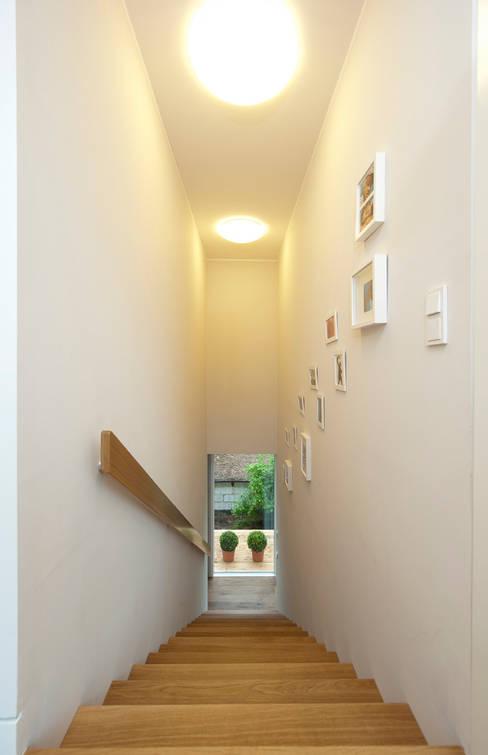 Corridor & hallway by Cubus Projekt GmbH