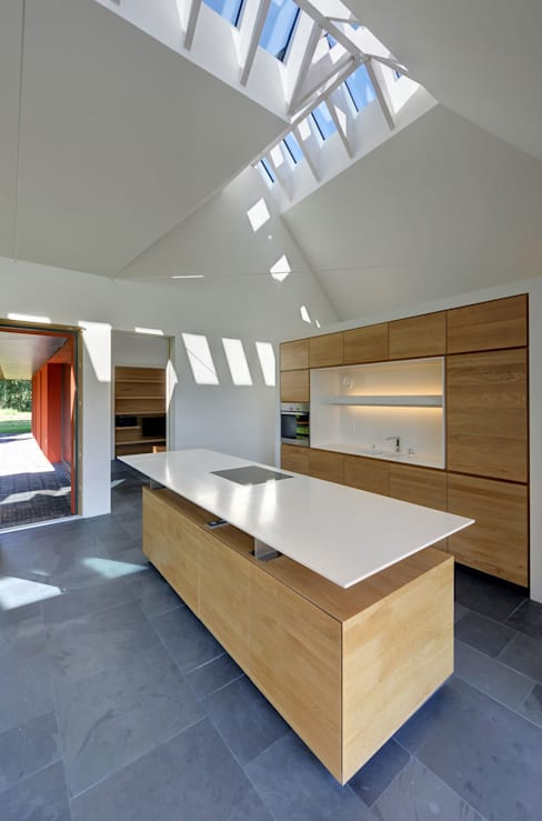 Kitchen by Möhring Architekten