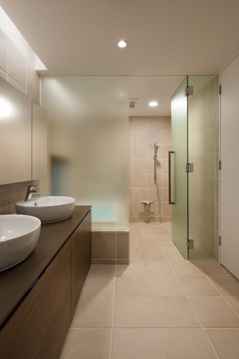 Bathroom by atelier137 ARCHITECTURAL DESIGN OFFICE