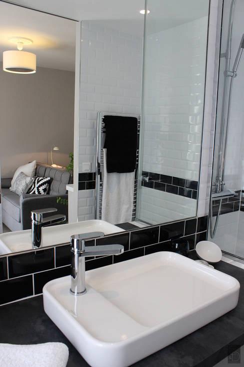 Salle d'eau après :  de style  par CORTOT Architecture Interieure