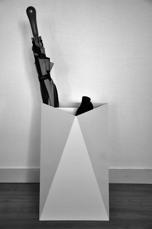 P-P: Couloir, entrée, escaliers de style  par Chauvin Amandine