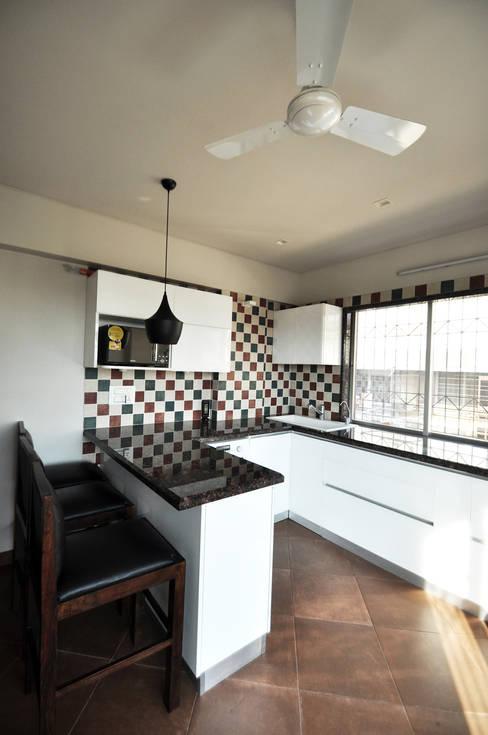 Kitchen by Dhruva Samal & Associates