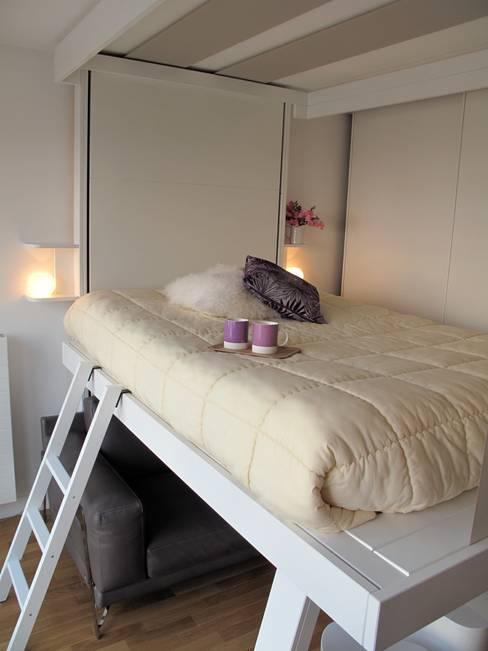 Projekty,  Sypialnia zaprojektowane przez Tout Simplement Déco