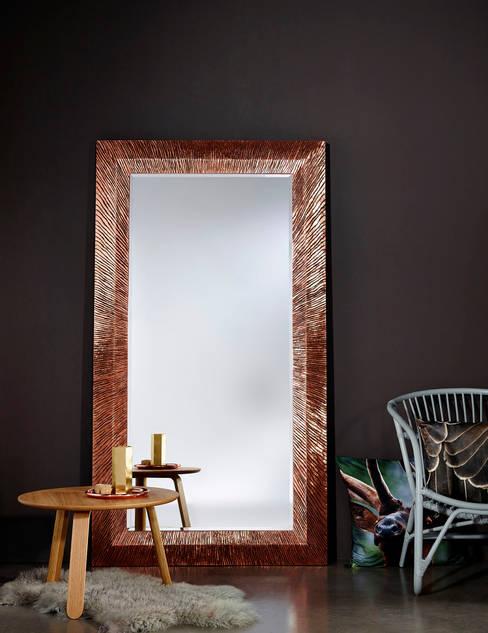 GROOVE COPPER:  Woonkamer door Deknudt Mirrors