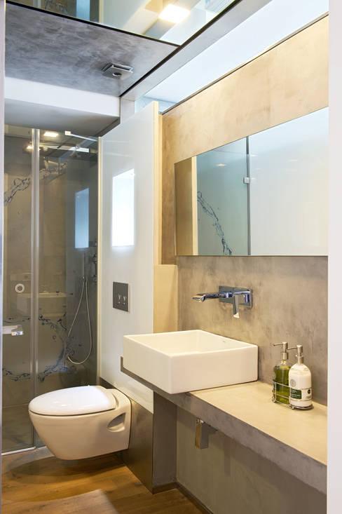 Bathroom by estudioitales