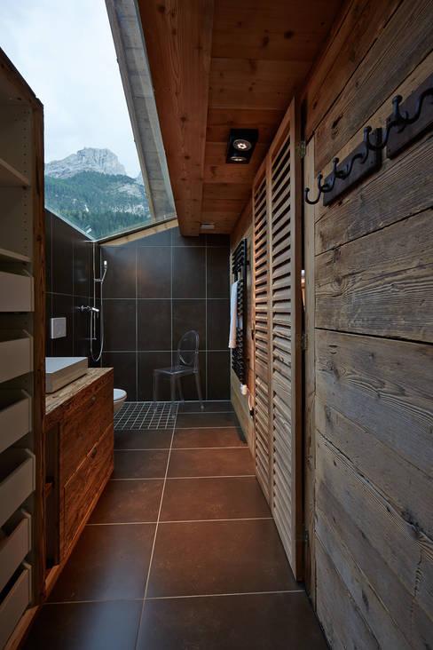 Bathroom by gehret design gmbh