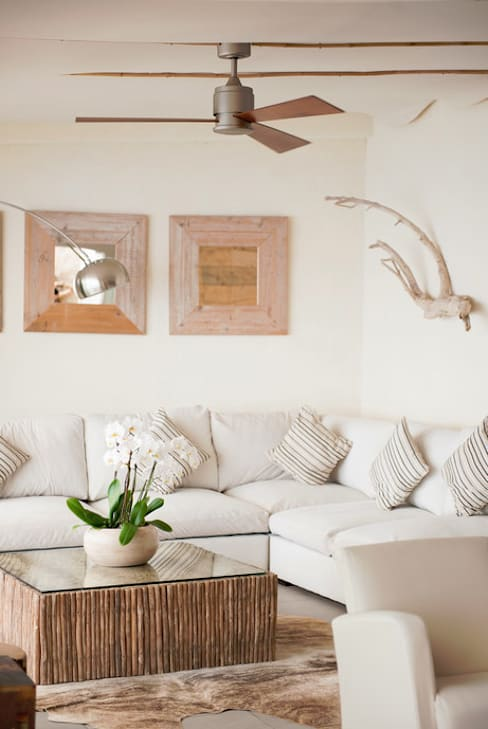 Living room by Casa Bruno - the way to feel good