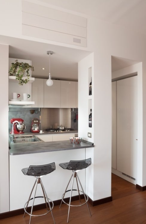 Kitchen by gk architetti  (Carlo Andrea Gorelli+Keiko Kondo)