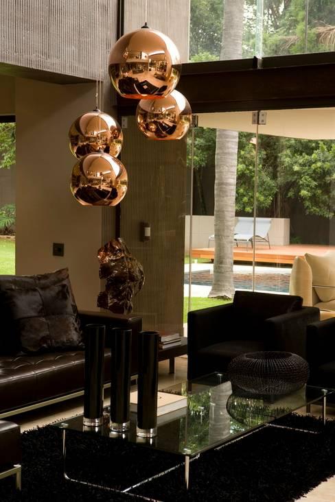 Living room by Nico Van Der Meulen Architects