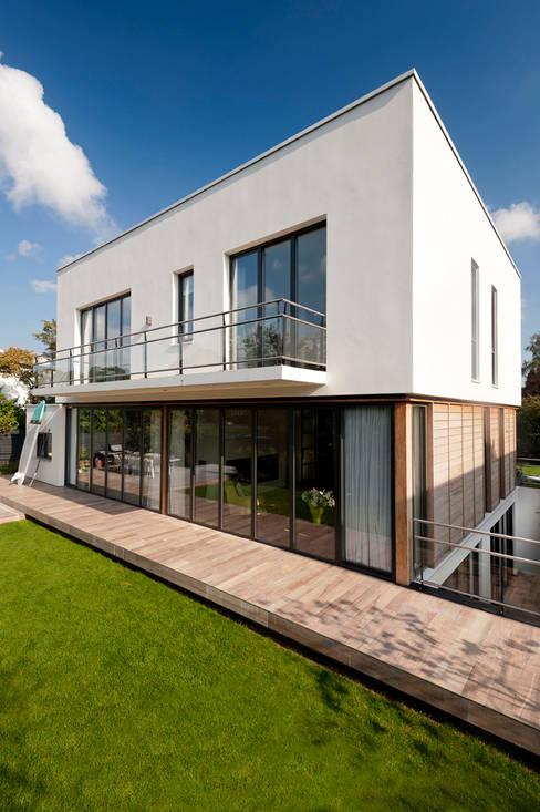 Houses by paul seuntjens architectuur en interieur