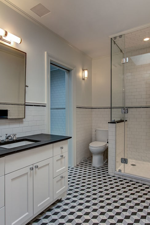 Bathroom by Ben Herzog Architect