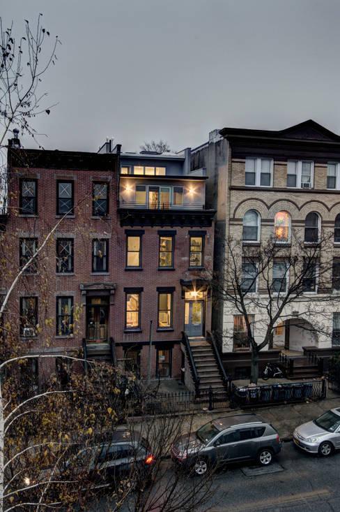 by Ben Herzog Architect