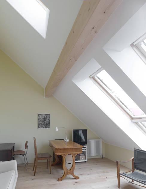 Studeerkamer/kantoor door +studio moeve architekten bda