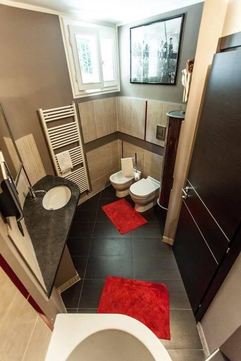 浴室 by UAU un'architettura unica