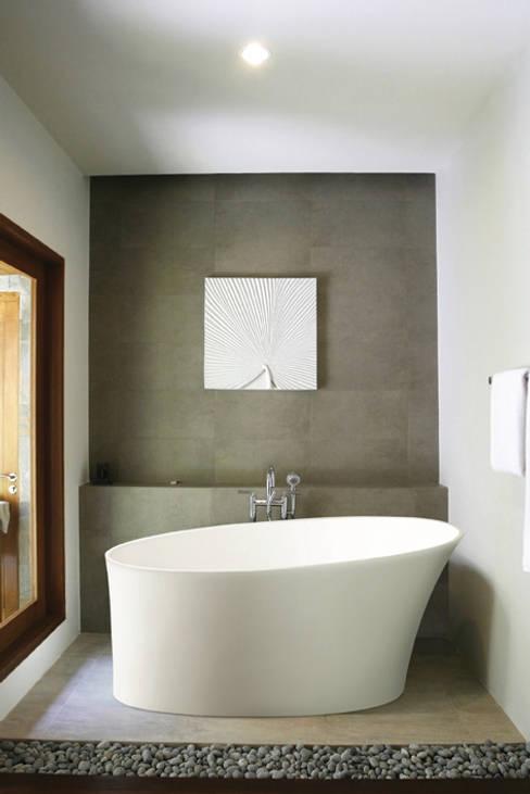 Bathroom by BC Designs