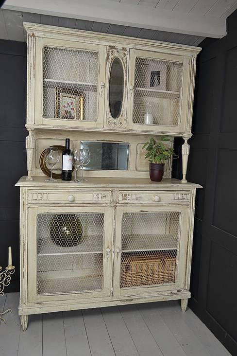 Cocina de estilo  por The Treasure Trove Shabby Chic & Vintage Furniture