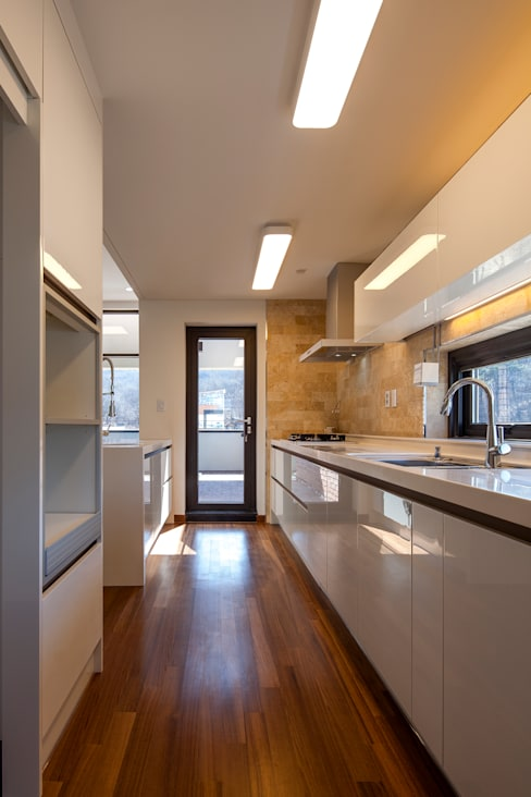 SONGCHU MAPLE HOUSE : IDEA5   ARCHITECTS의  주방