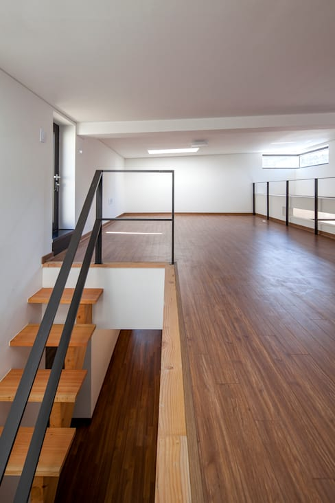 SONGCHU MAPLE HOUSE : IDEA5   ARCHITECTS의  서재 & 사무실