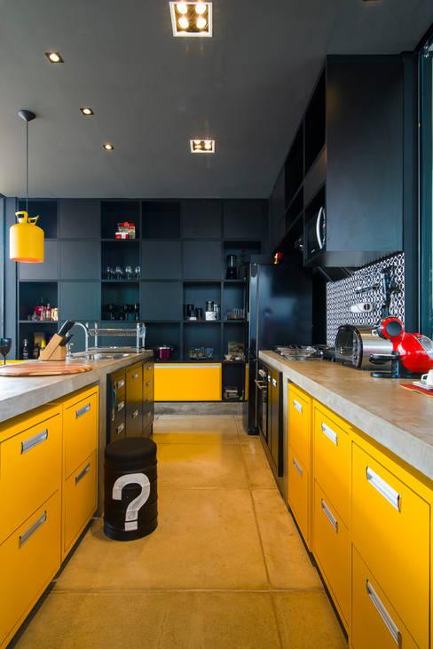 Kitchen by Bruno Rubiano