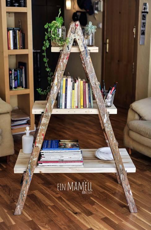 Escalera de pintor vintage: Hogar de estilo  de Ein Mamëll