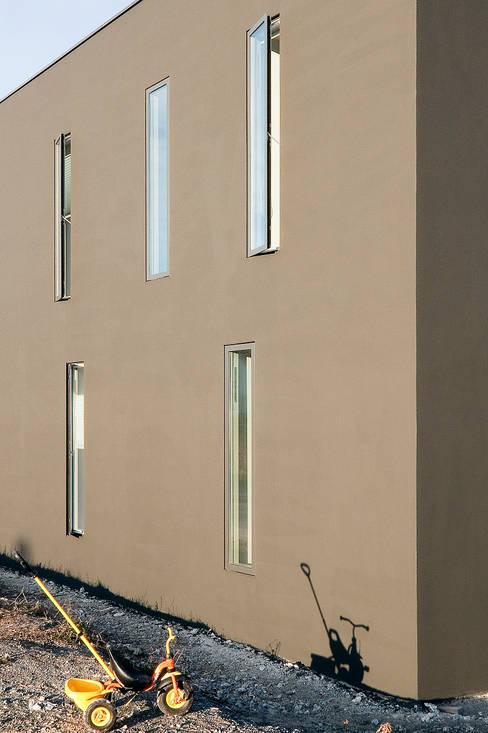 Windows by f m b architekten - Norman Binder & Andreas-Thomas Mayer