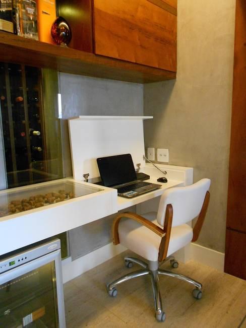 Living room by Compondo Arquitetura
