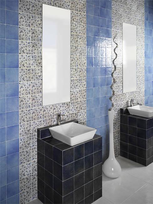 Baños de estilo  por INTERAZULEJO