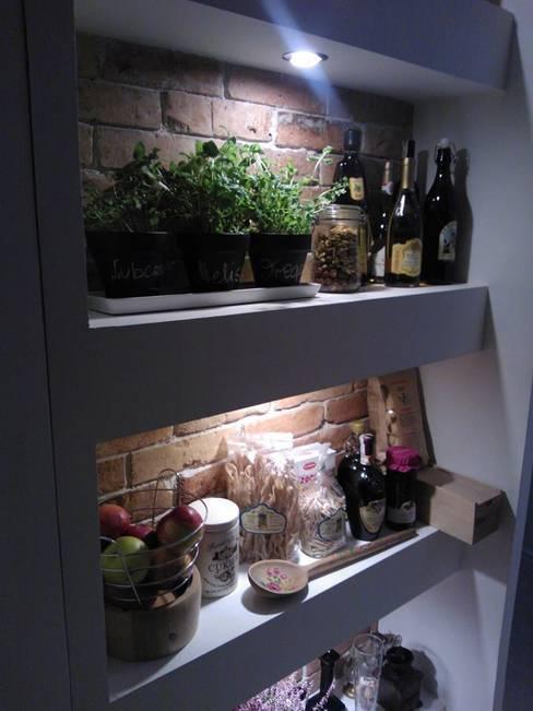 Ruang Penyimpanan Wine by ITA Poland s.c.