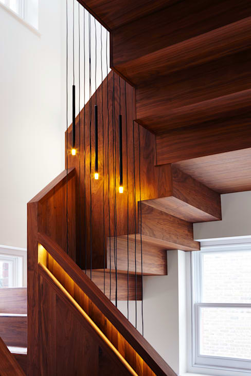 Stairwell lighting:  Corridor, hallway & stairs by Fraher Architects Ltd