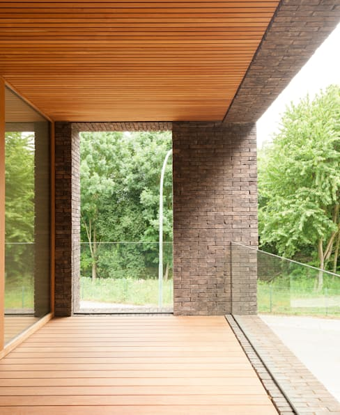 H118:  Terras door das - design en architectuur studio bvba